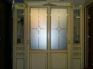 Классический шкаф купе массив с фацетными зеркалами и гравировкой Подольск